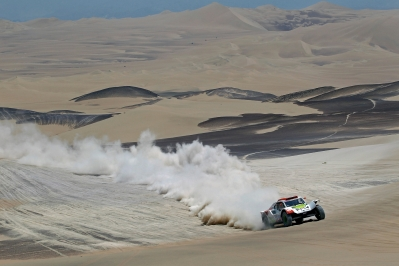 MOTORSPORT - DAKAR PERU CHILE ARGENTINA  2013 - STAGE 3 / ETAPE 3 - PISCO  (PER) TO NAZCA (PER) - 07/01/2013 - PHOTO : FREDERIC LE FLOC'H / DPPI -  316 CHABOT RONAN ( FRANCE ) PILLOT GILLES ( FRANCE ) - SMG - TOYS MOTORS - SMG - ACTION