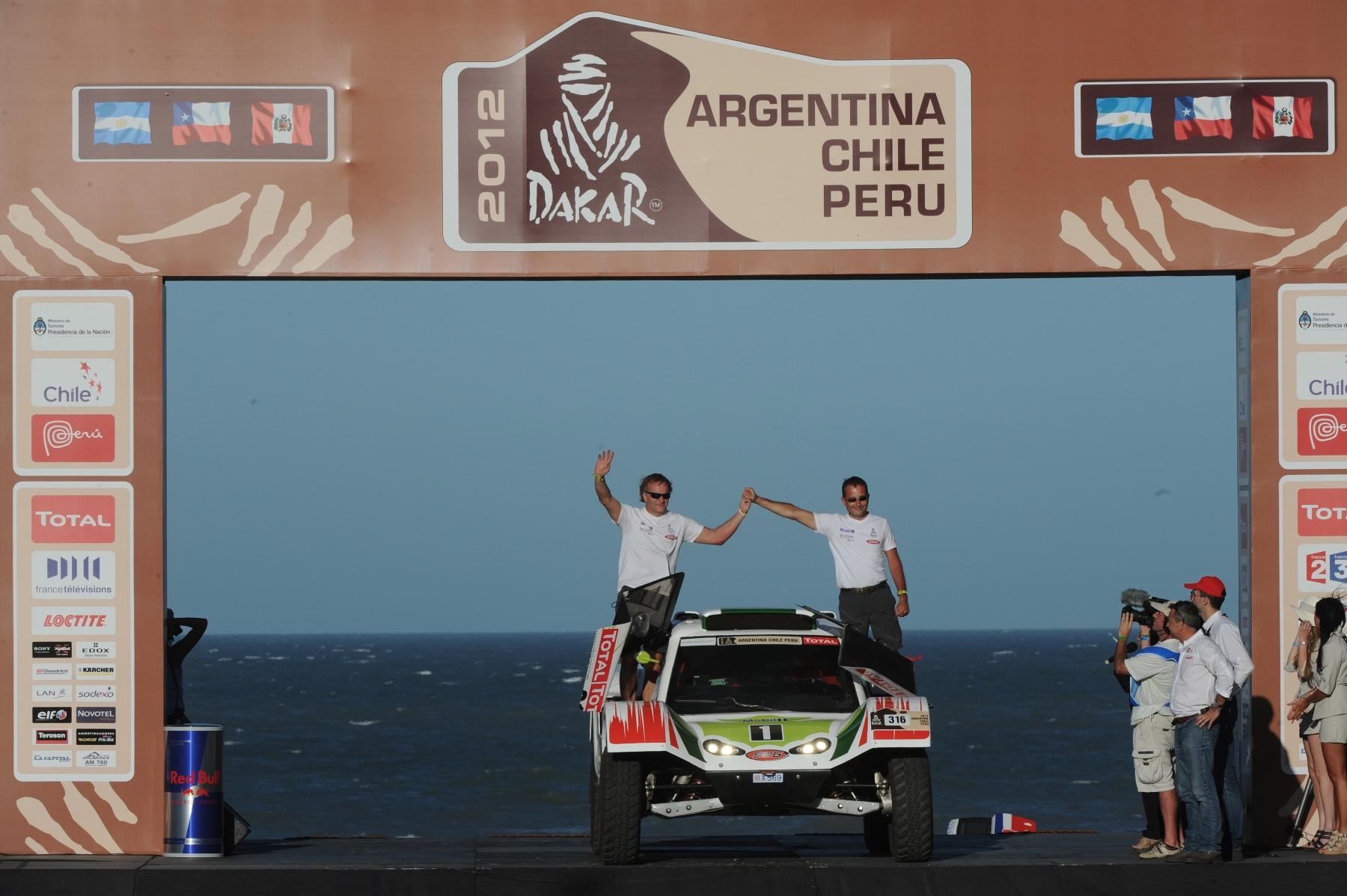 MOTORSPORT - DAKAR ARGENTINA CHILE PERU 2012 - SCRUTINEERING - MAR DEL PLATA (ARG) - 29 TO 31/11/2011- PHOTO : ERIC VARGIOLU / DPPI