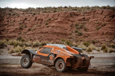 320 CHABOT Ronan (Fra) PILLOT Gilles (Fra) Smg action during the Dakar 2015 Argentina Bolivia Chile, Car Marathon Stage 7a / Auto Etape Marathon 7a, Iquique to Uyuni on January 10th 2015 at Iquique, Chile. Photo Eric Vargiolu / DPPI