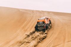 316 CHABOT RONAN (FRA) Legende, PILLOT GILLES (FRA) Legende, TOYOTA Hilux, auto, car, action during the Dakar 2018, Stage 2 Pisco to Pisco, Peru, on january 7 - Photo Eric Vargiolu / DPPI
