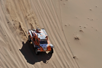 320 CHABOT Ronan (Fra) PILLOT Gilles (Fra) Smg action during the Dakar 2015 Argentina Bolivia Chile, Stage 4 / Etape 4 -  Chilecito to Copiapo on January 7th 2015 at Chilecito, Argentina. Photo DPPI