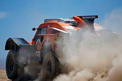 320 CHABOT Ronan (Fra) PILLOT Gilles (Fra) Smg action  during the Dakar 2015 Argentina Bolivia Chile, Stage 5 / Etape 5 -  Copiapo to Antofagasta on January 8th 2015 at Copiapo, Chile. Photo Francois Flamand / DPPI