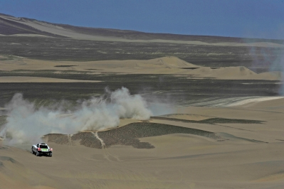 MOTORSPORT - DAKAR ARGENTINA CHILE PERU 2012 - STAGE 13 - NASCA (PER) TO PISCO (PER) - 14/01/2012 - PHOTO: DPPI